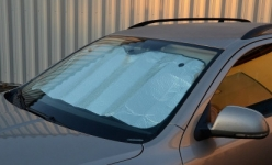 Letní ochrana čelního skla